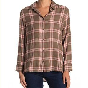 Susina Button Hem Plaid Long Sleeve Shirt